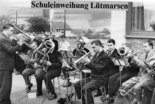1965 Schuleinweihung Lütmarsen