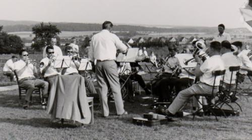 1969 Einweihung Tretbecken (1)
